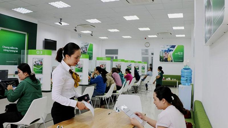 Chuyển tiền Vietcombank tại quầy